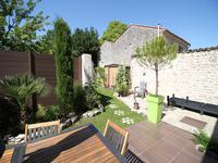 French property for sale in VARAIZE, Charente Maritime - €246,100 - photo 9