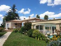 French property for sale in MIRAMONT DE GUYENNE, Lot et Garonne - €288,900 - photo 6