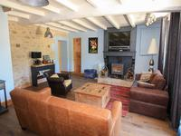 French property for sale in NUAILLE SUR BOUTONNE, Charente Maritime - €328,600 - photo 3