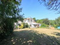 French property for sale in NUAILLE SUR BOUTONNE, Charente Maritime - €328,600 - photo 9