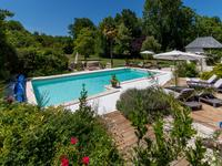 French property for sale in ST JEAN D ANGELY, Charente Maritime - €495,000 - photo 2