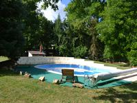 French property for sale in LALINDE, Dordogne - €698,501 - photo 2