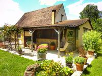 French property for sale in LALINDE, Dordogne - €278,200 - photo 4