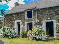 French property, houses and homes for sale inCOURNONMorbihan Brittany