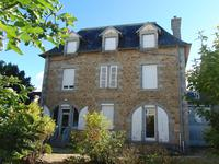 French property for sale in GUINGAMP, Cotes d Armor - €319,930 - photo 3