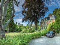 French property, houses and homes for sale inPIERREFONDSOise Picardie