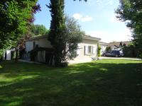 French property, houses and homes for sale inBARONGironde Aquitaine