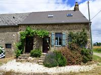 French property for sale in LASSAY LES CHATEAUX, Mayenne - €77,000 - photo 2