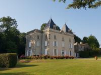 chateau for sale in EXIREUILDeux_Sevres Poitou_Charentes