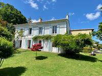 French property, houses and homes for sale inCAMBLANES ET MEYNACGironde Aquitaine
