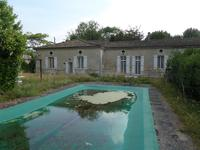French property for sale in SAINTES, Charente Maritime - €646,600 - photo 10