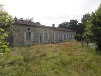 French property for sale in SAINTES, Charente Maritime - €646,600 - photo 2