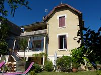 French property for sale in STE FOY LA GRANDE, Gironde - €371,000 - photo 10