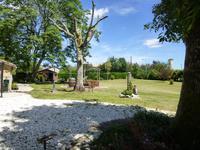 French property for sale in LAUZUN, Lot et Garonne - €239,680 - photo 2