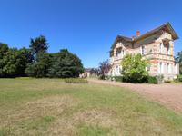 houses and homes for sale inST MAURICE ETUSSONDeux_Sevres Poitou_Charentes