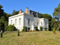 chateau for sale in FERCELoire_Atlantique Pays_de_la_Loire
