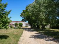 French property for sale in PAILLE, Charente Maritime - €328,600 - photo 5