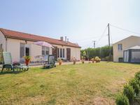 French property for sale in MONTS SUR GUESNES, Vienne - €167,400 - photo 10
