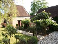 French property for sale in ST CHAMASSY, Dordogne - €469,000 - photo 2