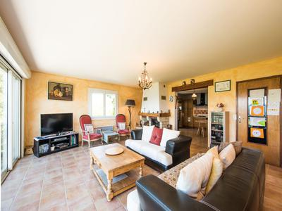 Incredible family home overlooking Lac de Serre Poncon for sale, Les Hautes Alpes.