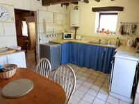 French property for sale in MAREUIL, Dordogne - €262,150 - photo 3