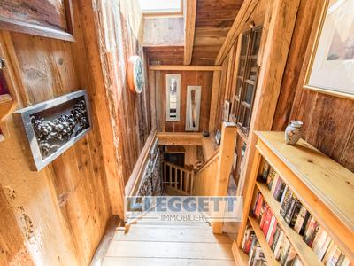 Stunning five-bedroom farmhouse with magnificent views over Samoens. Don't miss, the virtual tour and 3D floor plans, EXCLUSIVE to Leggett.