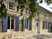 French property, houses and homes for sale inCIVRAC DE BLAYEGironde Aquitaine