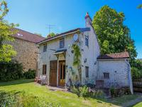 French property for sale in SAVIGNY SOUS FAYE, Vienne - €120,000 - photo 9