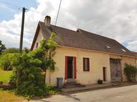 French property for sale in LUSSAC LES EGLISES, Haute Vienne - €162,000 - photo 2