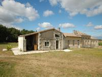 French property for sale in TEUILLAC, Gironde - €689,000 - photo 2