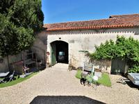 French property for sale in CHAMPAGNE ET FONTAINE, Dordogne - €61,600 - photo 2