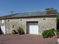 French property for sale in RAUZAN, Gironde - €424,000 - photo 9
