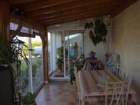 French property for sale in RAUZAN, Gironde - €424,000 - photo 3
