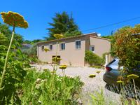 French property for sale in APT, Vaucluse - €250,000 - photo 2