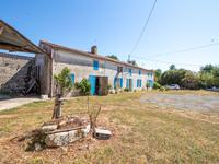 French property for sale in ST PIERRE DE L ISLE, Charente Maritime - €199,800 - photo 2
