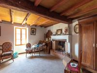 French property for sale in ST PIERRE DE L ISLE, Charente Maritime - €199,800 - photo 5
