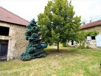 French property for sale in LISLE, Dordogne - €369,940 - photo 2