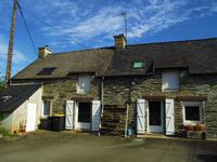 French property for sale in ST MARTIN SUR OUST, Morbihan - €172,800 - photo 2