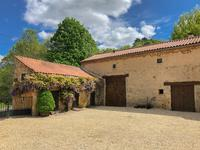 French property for sale in CASSAGNES, Lot - €450,500 - photo 2