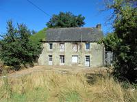 houses and homes for sale inLOYATMorbihan Brittany