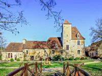 chateau for sale in LE VIGANLot Midi_Pyrenees