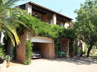 French property for sale in GRIMAUD, Var - €899,000 - photo 1