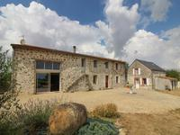 houses and homes for sale inLOUINDeux_Sevres Poitou_Charentes