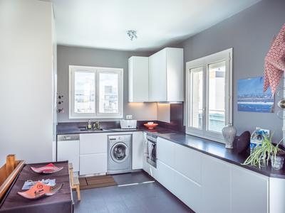 Boulogne Billancourt 92100, 300m from the city centre, duplex 4 rooms (T4) of 78m2 with superb panoramic terrace of 38m2, top floor - See virtual tour 360 and map (video on request) - double-exposure, bright and without vis-à-vis.
