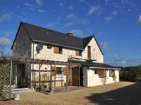 French property for sale in MOULIHERNE, Maine et Loire - €199,800 - photo 2