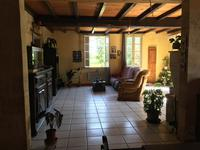 French property for sale in , Charente Maritime - €152,600 - photo 4