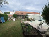 French property for sale in , Charente Maritime - €234,000 - photo 4