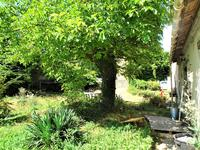 French property for sale in BARS, Dordogne - €147,150 - photo 2