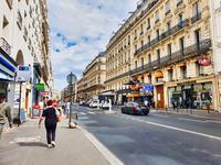 French property for sale in PARIS IX, Paris - €415,000 - photo 2