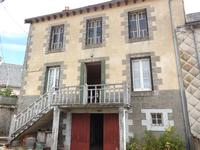 houses and homes for sale inMARCENATCantal Auvergne